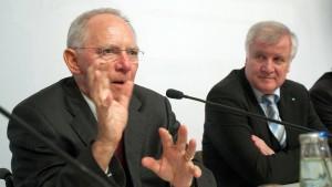 Schäuble weist Seehofer scharf zurecht