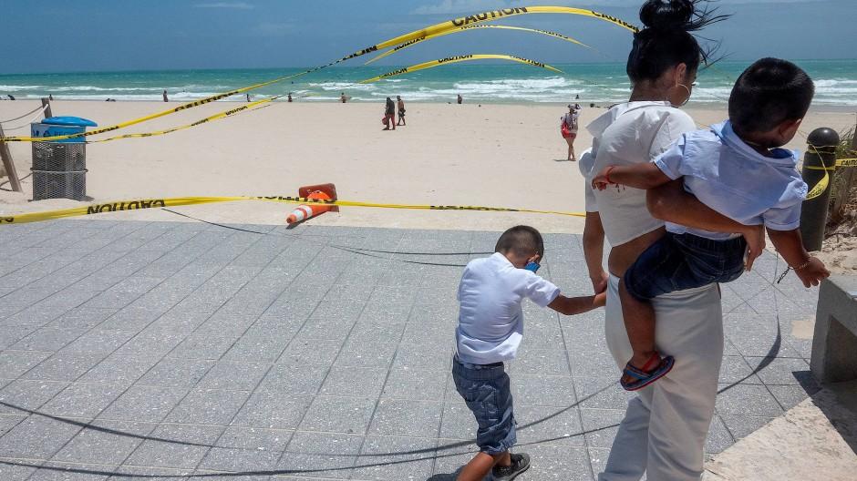 """Florida bereitet sich auf Tropensturm """"Isaias"""" vor"""