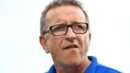 Muss sich Gedanken über die Standardsituationen seiner Darmstädter machen: Trainer Norbert Meier