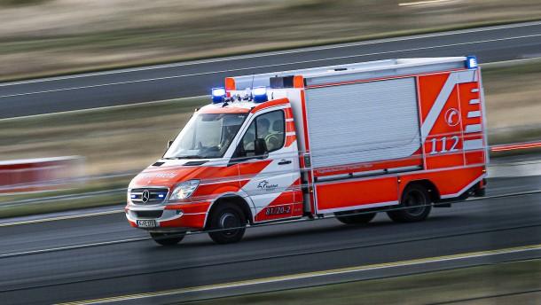 Lastwagen-Fahrer mit 3,9 Promille – Verletzte nach Brand