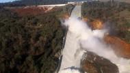 Der höchste Staudamm Amerikas droht zu brechen