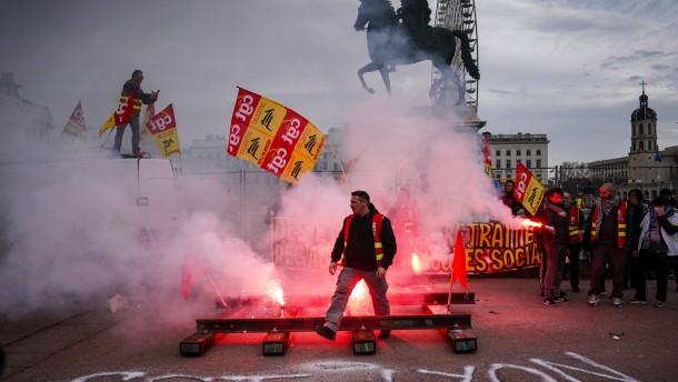 Neue landesweite Proteste in Frankreich