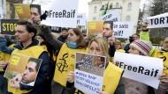 Prügelstrafe für Blogger verschoben