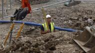 Viel zu tun: Ein Arbeiter auf einer Baustelle in London