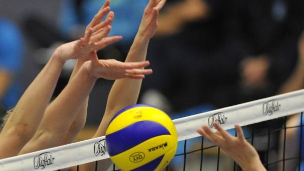 Volleyball-Frauen-Bundesliga - VC Wiesbaden - Sonthofen in der Halle am 2.Ring in Wiesbaden.