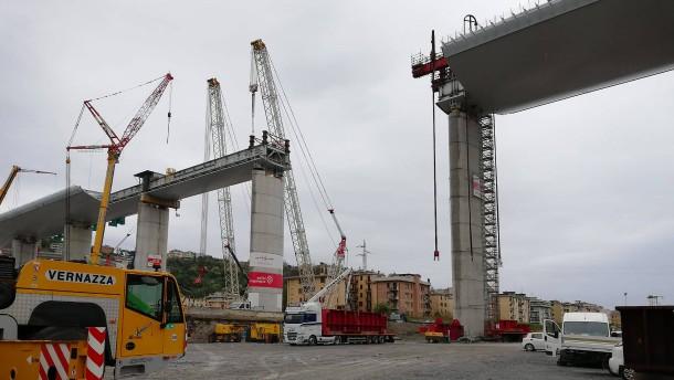 Richtfest für neue Brücke in Genua