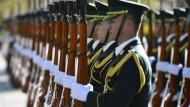 Japan hofft auf Verteidigungspakt