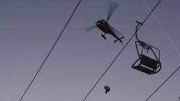 Mit dem Hubschrauber vom Sessellift
