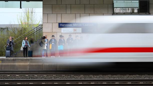 Bahn meldet für Januar eine Million Fahrgäste mehr