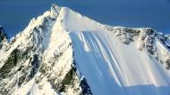 Ski-Profi überlebt spektakulären Sturz