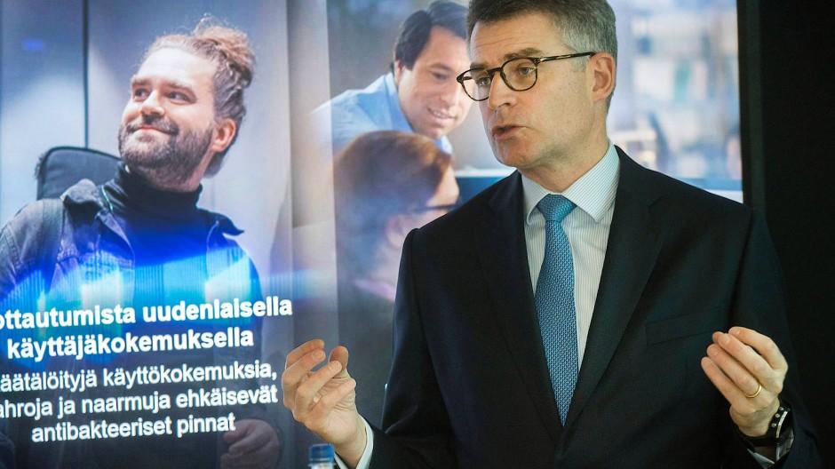 Frust in Finnland: Kone-Chef Henrik Ehrnrooth bot viel und bekommt nichts.