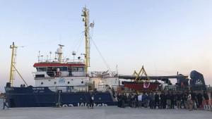 """Rettungsschiff """"Sea-Watch 3"""" ist wieder frei"""