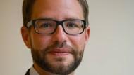 Thorsten Stolz (SPD) ist als Landrat für die Finanzen des Main-Kinzig-Kreises zuständig.