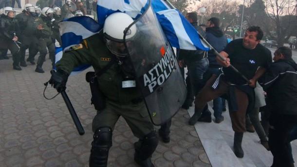 Brandanschlag auf Tsipras-Berater