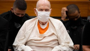 """Golden State Killer"" zu lebenslanger Haft verurteilt"
