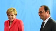 Merkel und Holande vor dem EU-Parlament