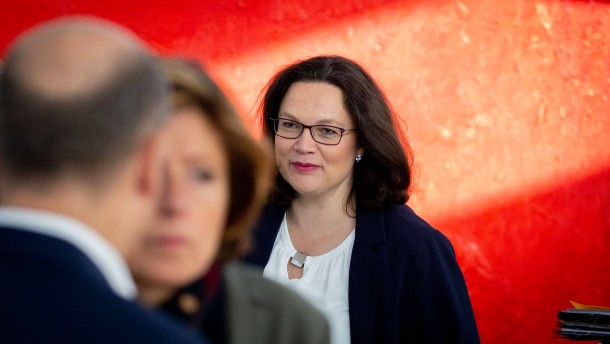 SPD-Spitzenpolitiker stellen sich hinter Nahles