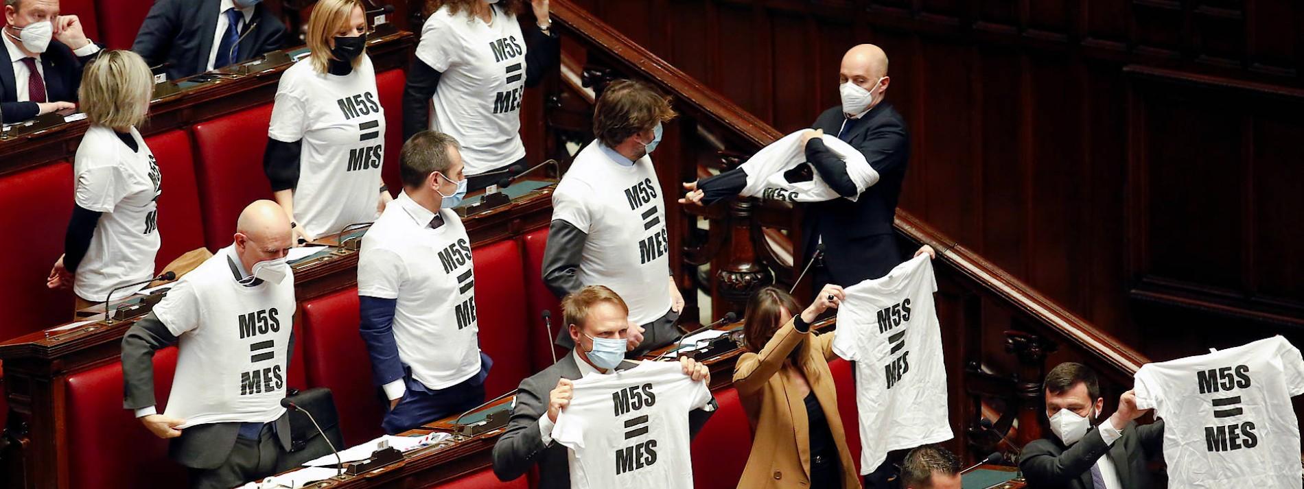 """""""Die Deutschen klauen auch noch unser Familiensilber"""""""