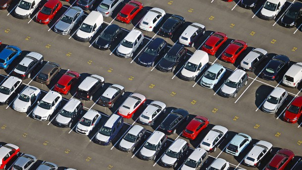 Automarkt droht schlimmstes Jahr seit 1989