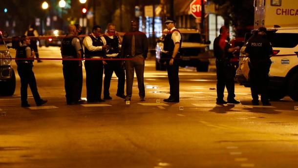 Schießerei bei Beerdigung in Chicago