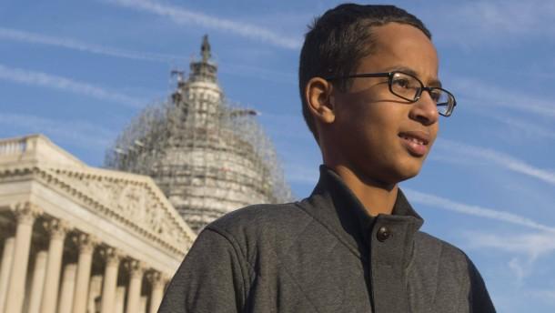 Ahmeds Familie verlässt Amerika