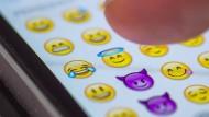 Auf Twitter wurde der Tränen lachende Smiley am häufigsten genutzt.