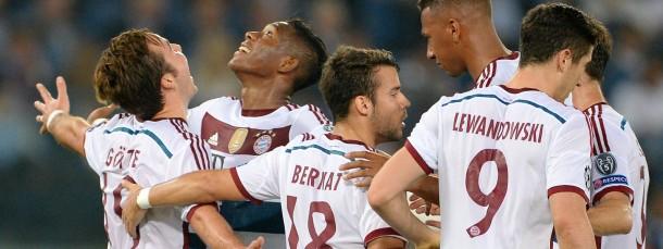 Dank nach oben: Bayern-Spieler bei ihrem Rom-Besuch