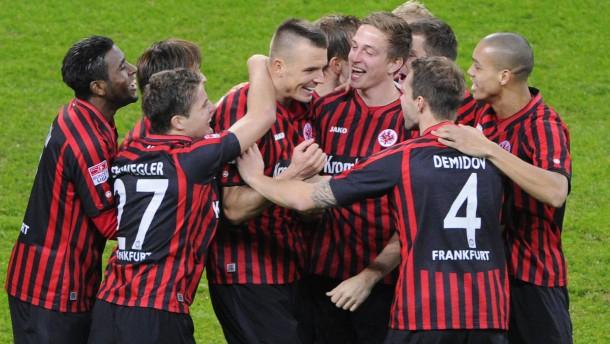 Fußball-Bundesliga -  Eintracht Frankfurt gegen Greuther Fürth in der Commerzbank-Arena in Frankfurt.