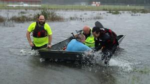 "Hurrikan ""Florence"" trifft auf Land"