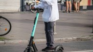 """E-Roller von """"Tier"""" sollen in Wiesbaden getestet werden. (Symbolbild)"""