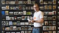 Karten-Liebhaber: Postando-Gründer Johannes Duttenhöfer