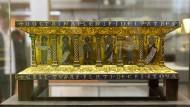 Ein Tragaltar des Eilbertus aus dem Welfenschatz im Kunstgewerbemuseum Berlin.