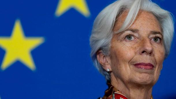 Lagarde bringt permanenten Aufbaufonds ins Gespräch