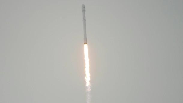 Beinbruch bei Raketen-Rückkehr