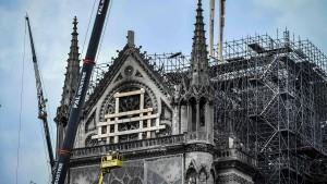Einsturz von Notre-Dame noch immer möglich
