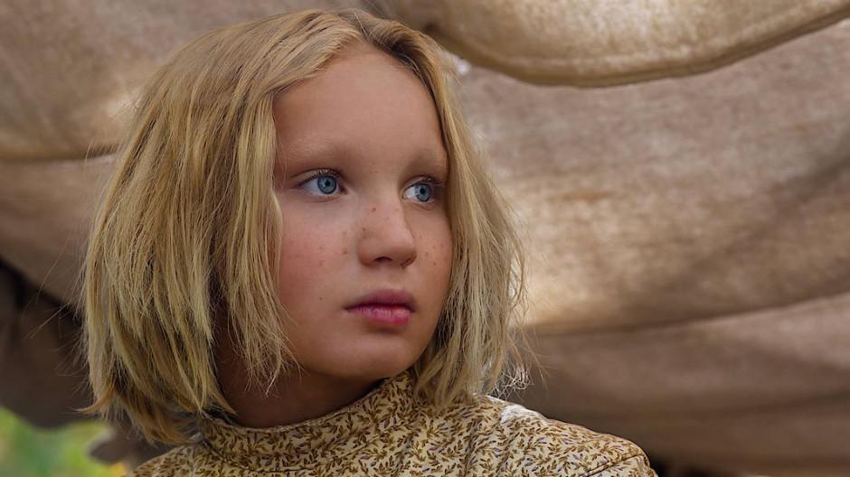 """Zwölf Jahre alt und für den Golden Globe als beste Nebendarstellerin für ihre Rolle in """"Neues aus der Welt"""" nominiert: Helena Zengel"""