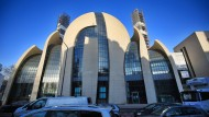 Türkische Religionsbehörde zieht Imame aus Deutschland ab