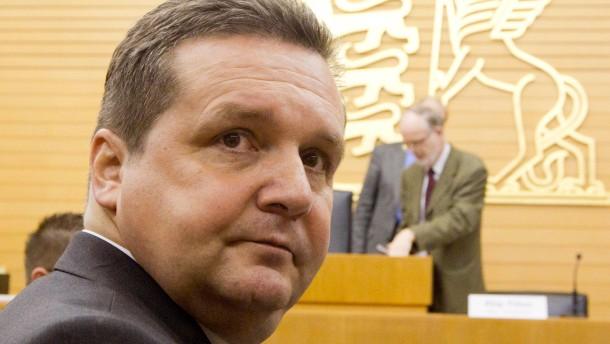 Was die Staatsanwaltschaft Stefan Mappus vorwirft