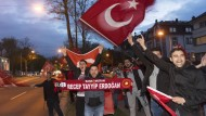 Erdogan-Anhänger feiern in Frankfurt