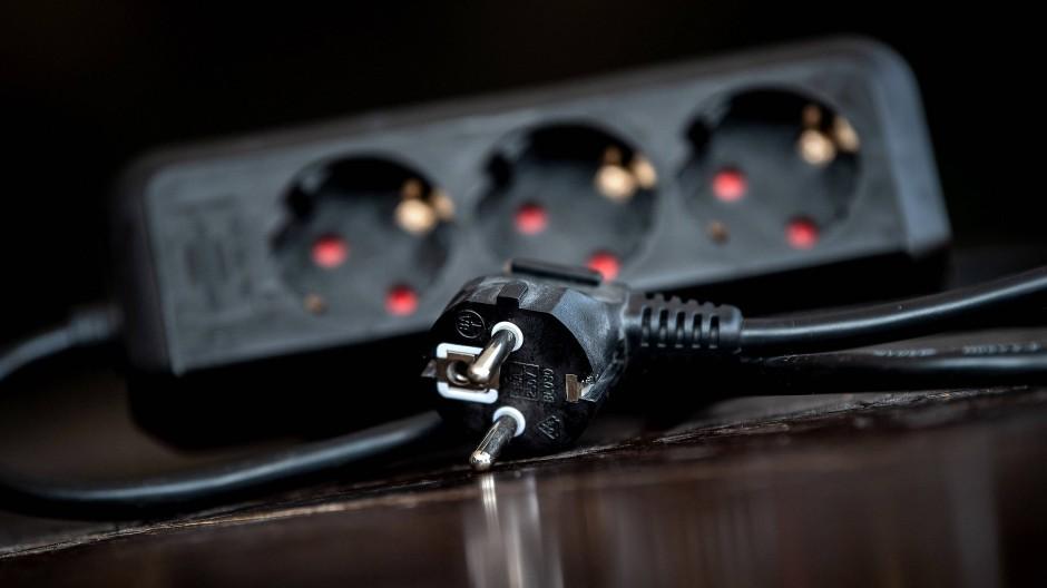 Strom hat sich in den vergangenen sechs Monaten um etwa 3,2 Prozent verteuert.
