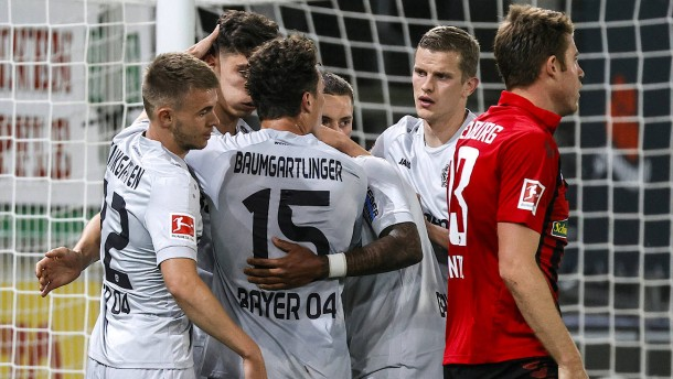 Leverkusen siegt ohne Glanz