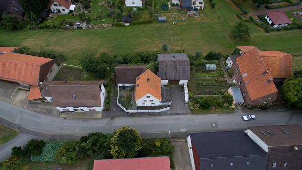 Der Mordprozess um das Horror-Haus von Höxter beginnt
