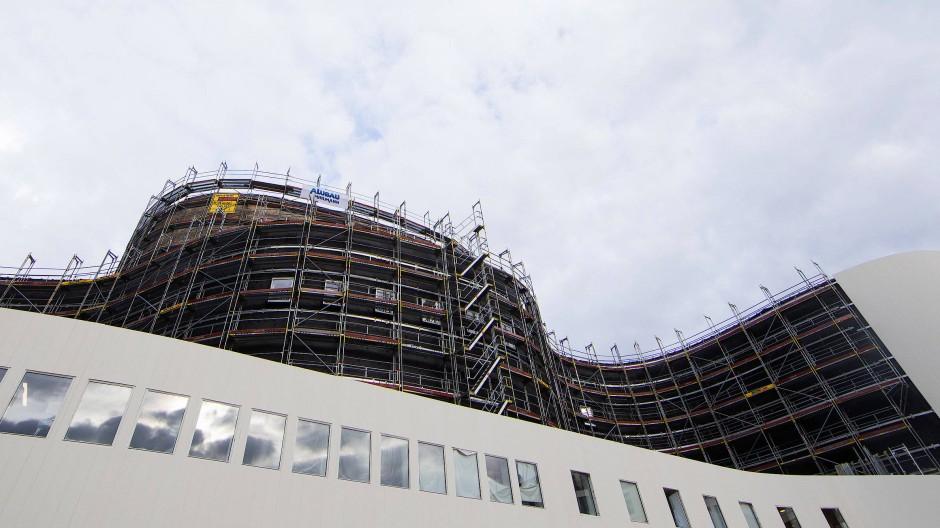 Wegen der Fassade wird noch prozessiert: Innen ist das erneuerte Düsseldorfer Schauspielhaus schon fertig.