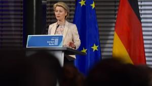 """EU muss """"Sprache der Macht"""" lernen"""