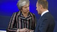 Theresa May und EU-Ratspräsident Donald Tusk (hier am vergangenen Freitag in Brüssel) müssen den Brexit verhandeln.