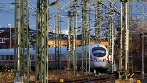 Jeder vierte Fernzug der Bahn war 2018 zu spät