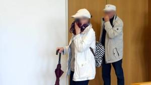 Ex-Laienpriester für Missbrauch an Enkeltöchtern verurteilt