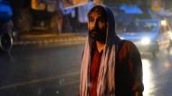 Für tot erklärter Inder kämpft mit den Behörden