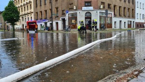 Feuerwehr hat nach Starkregen alle Hände voll zu tun