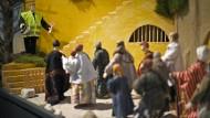"""""""Merken, wofür man Christ ist"""": Weihnachtskrippe im Kölner Dom mit Szene von Flüchtlingen auf der Balkan-Route"""